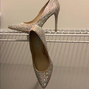 Betsy Johnson SB ARIEL heels